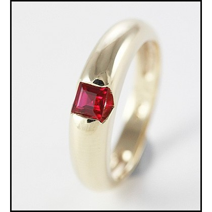9CT GOLD RUBY RING DOME ENGAGEMENT OR ANNIVERSARY RING