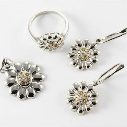 9ct White Gold Citrine and Diamond Floral Ring Pendant Earring Set