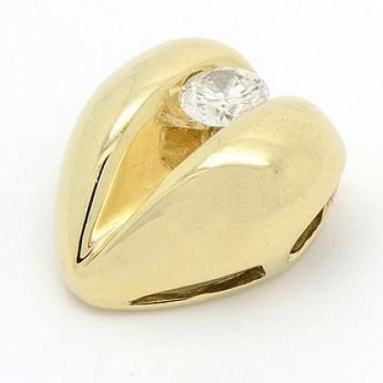 9ct Yellow Gold Heart Pendant with Diamond