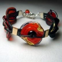 Loading image - Red Fused Art Glass Bracelet with 24 ct Gold Leaf