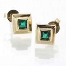 Loading image - Solid 9k Gold Emerald Stud Earrings