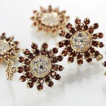 Loading image - Star Dangle Diamond and Garnet Earrings Set in 9K Gold